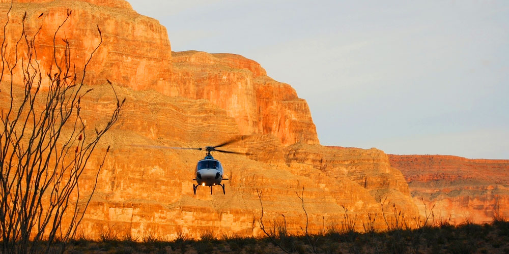 Grand Canyon West Rim Helicopter Flight with Floor Landing