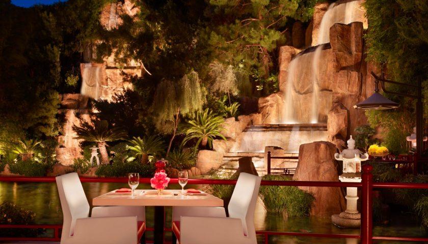 Mizumi - Las Vegas Outdoor Dining