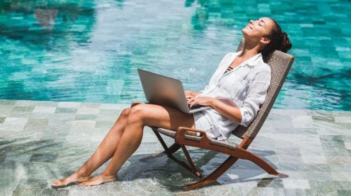 Take Your WFH Job To the Next Level With Viva Las Office